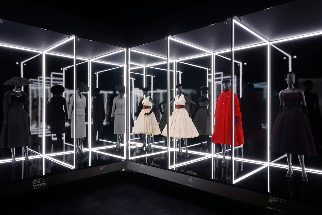 e7fc63ee9d4b V A to Extend Blockbuster Christian Dior Exhibition Due to Unprecedented  Demand